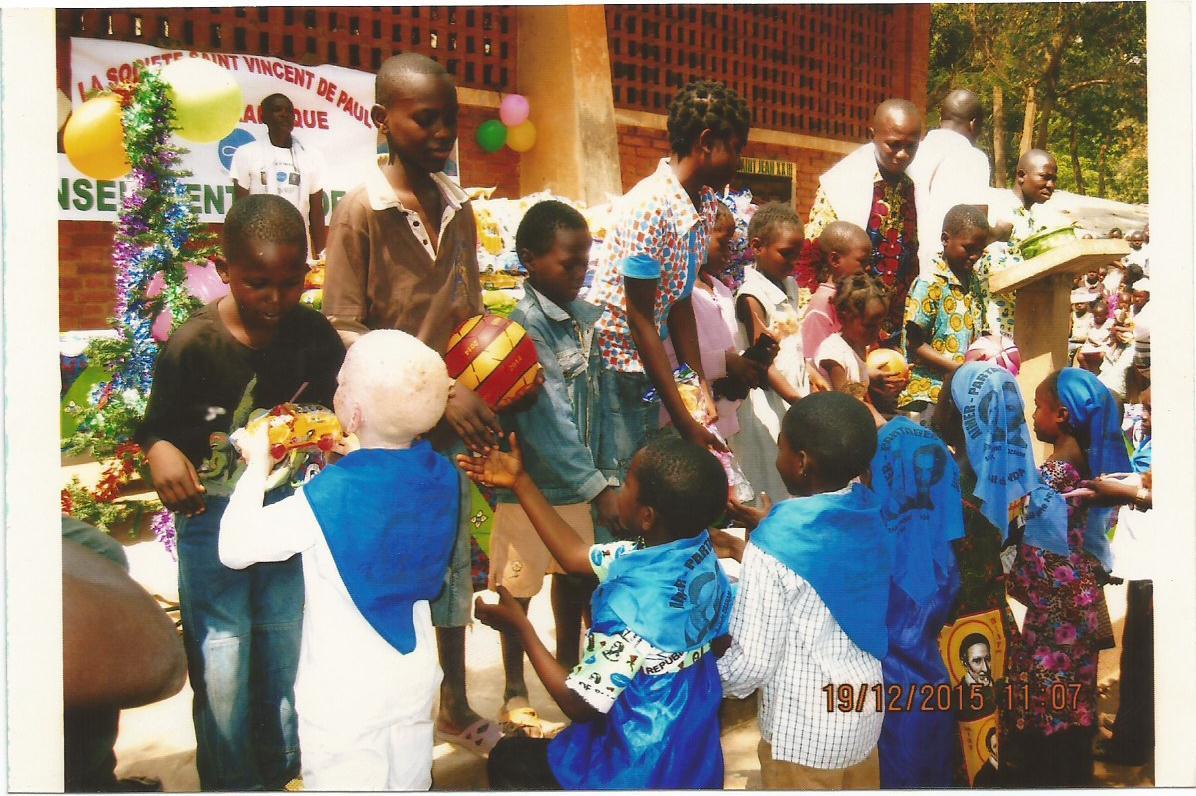 Centrafrique : aide d'urgence aux personnes réfugiées dans les camps